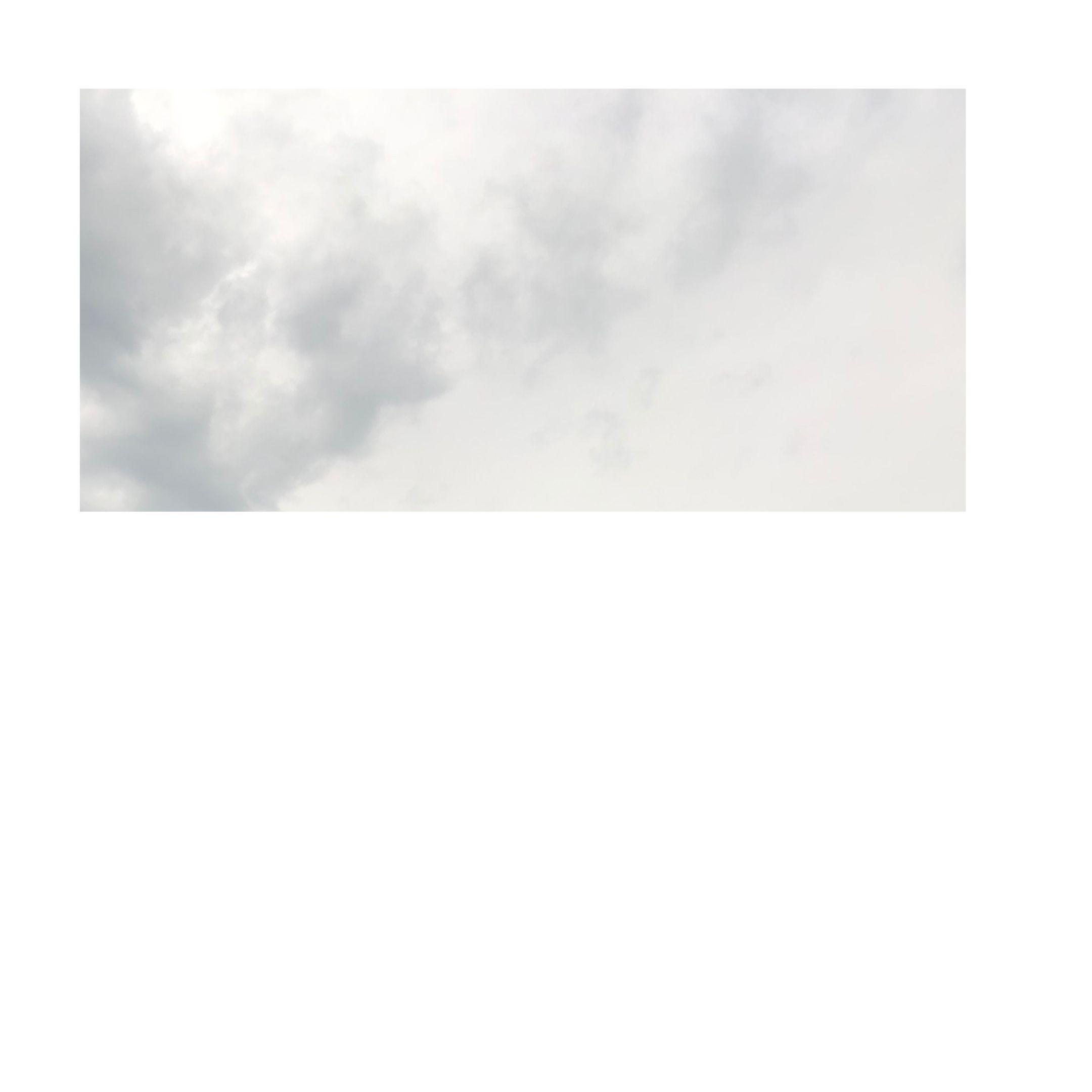 cloud gray sky